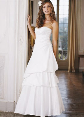 Sleeveles Wedding Dress