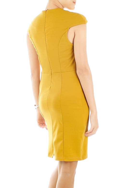 Yellow Svelte Executive Dress with Seamless Shoulder