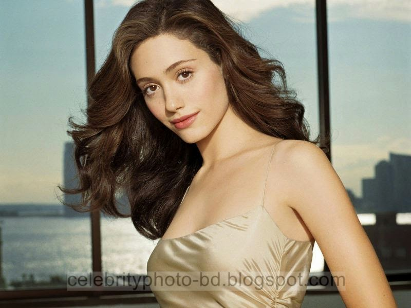 Emmy+Rossum+Latest+Hot+Photos+With+Short+Biography010