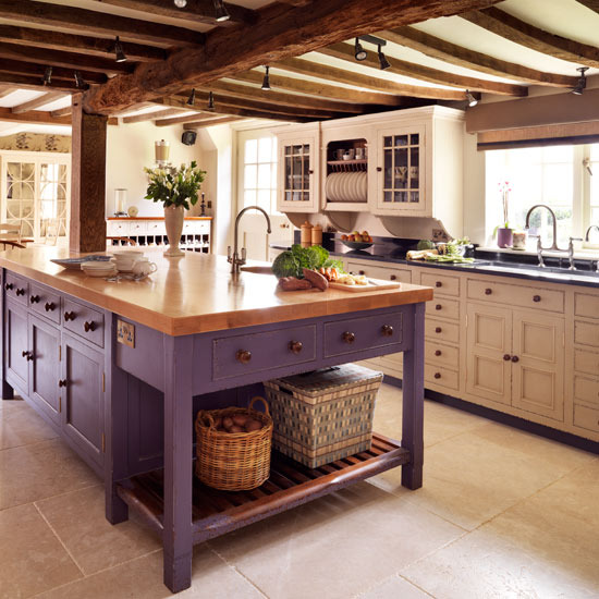 New Home Interior Design: Country kitchens