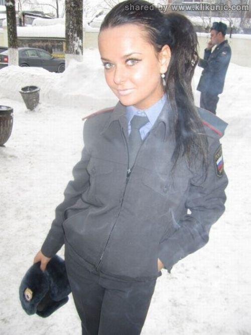 http://3.bp.blogspot.com/-So_9IUIzW5c/TXiQBI5M-CI/AAAAAAAAQmo/Ddo22IaG0Mw/s1600/policewomen_00.jpg