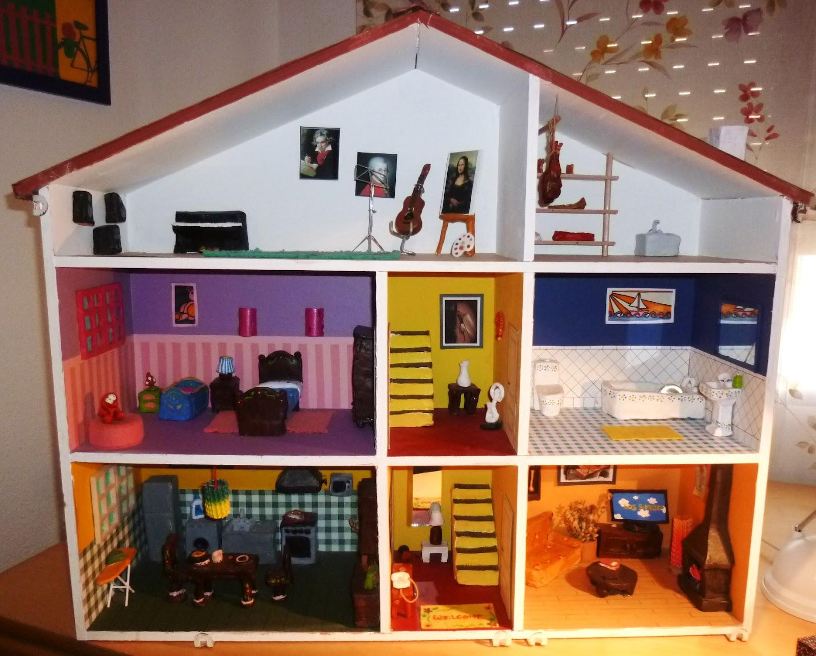Como hacer una casa para munecas de carton new style for for Manualidades en casa