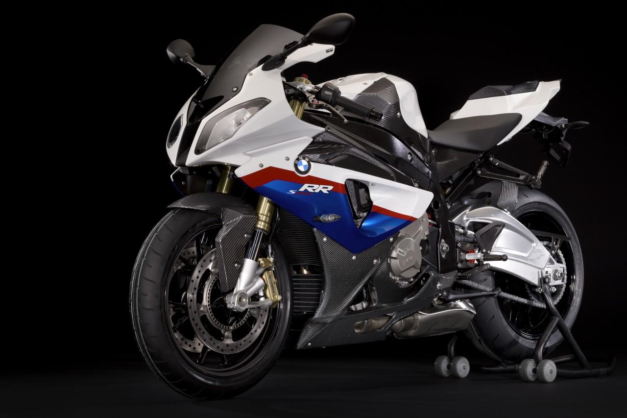 http://3.bp.blogspot.com/-SokW26IZnz0/TxG98Px92vI/AAAAAAAABQI/R_A26Qb-qH8/s1600/BMW-S1000RR-Carbon-edition-3.jpg