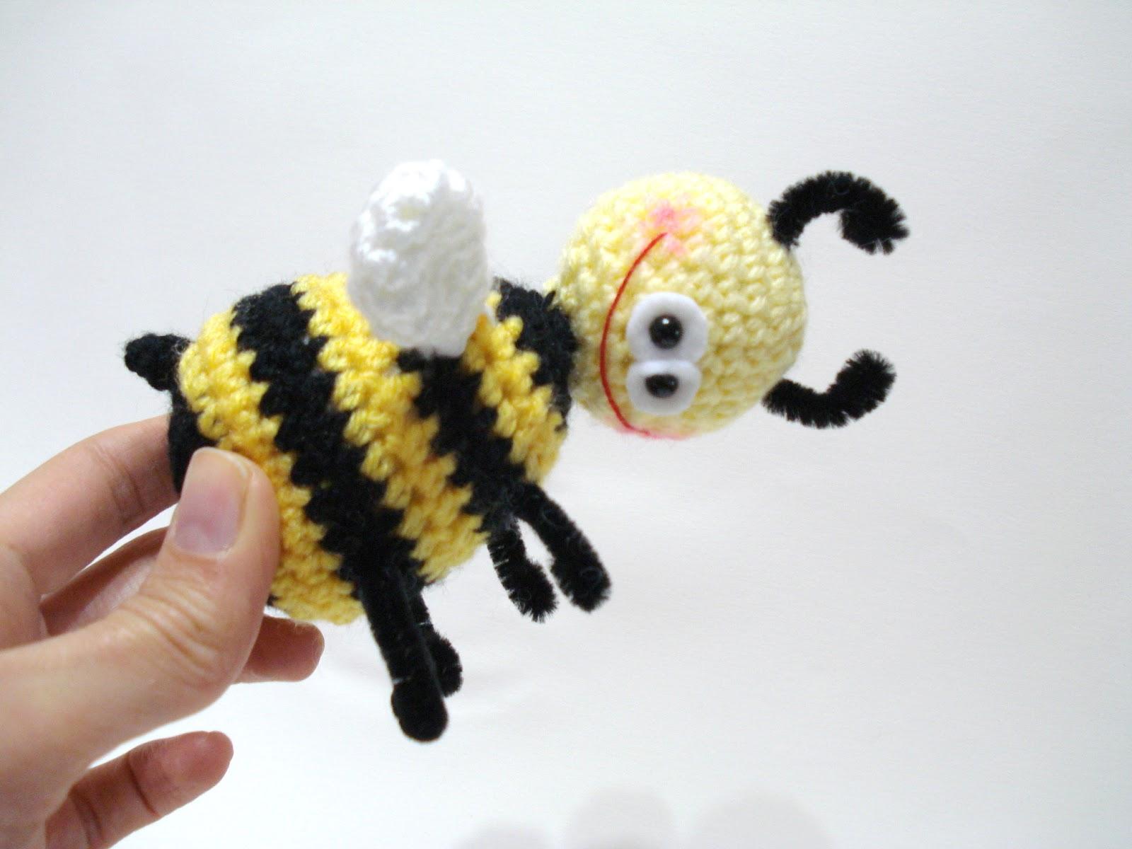 Amigurumi Bee : AllSoCute Amigurumis: Amigurumi Bee Pattern, Crochet Bee ...