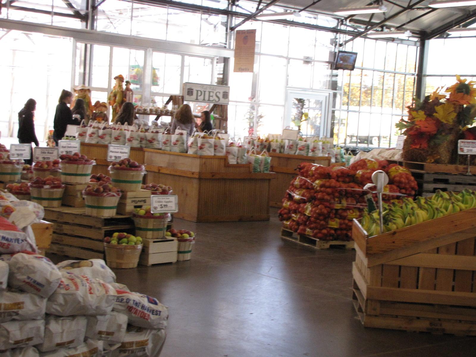 Lockwood Lavender Farm: Hafner\'s Market and Jo Li Me Cafe