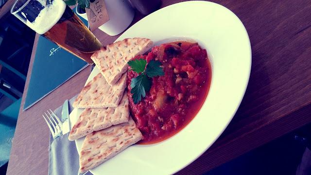 Oběd v Soul Bistru