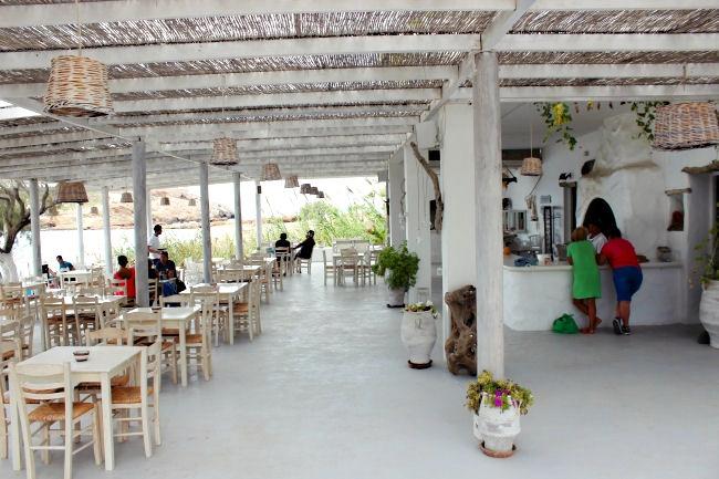 Koumbara taverna in Ios, offering fresh fish and sea food. Great design, close to Koumbara beach.