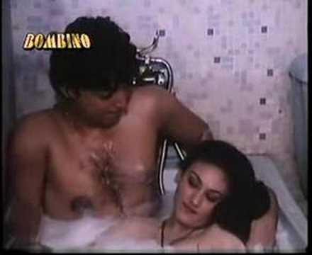 deepika shah enjoying in tub