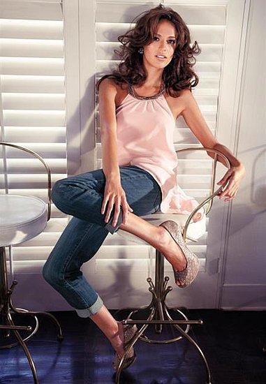 Fashionable Hairs Jennifer Lopez on Lookbook Collection Fall 2011 - 16