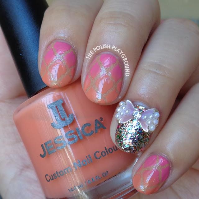 Pink and Orange Gradient Quatrefoil Nail Art