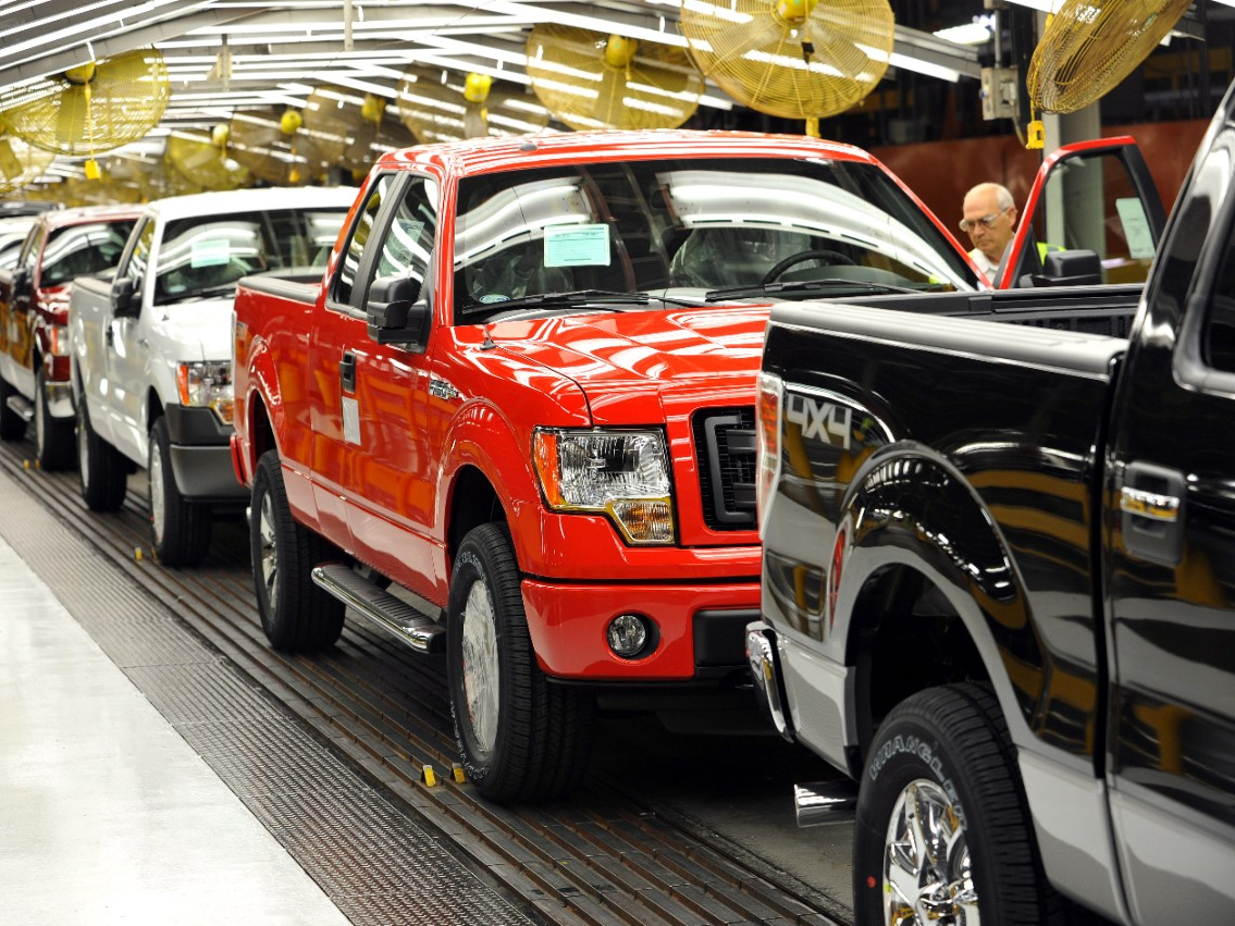 First CNG-Capable 2014 Ford F-150 Rolls Off the Line