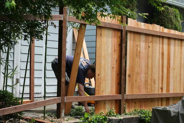 how to build a fence ayanahouse. Black Bedroom Furniture Sets. Home Design Ideas
