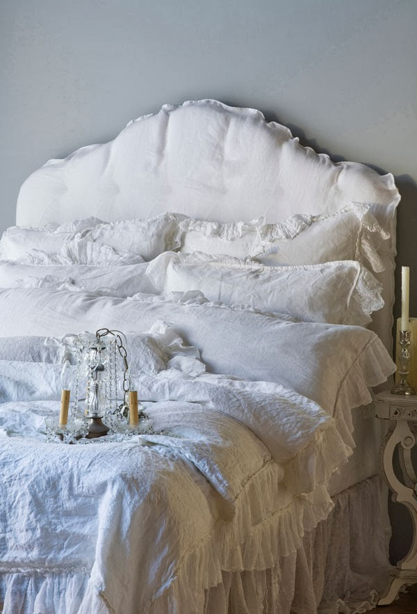 Bella Notte: Linen Whisper Bedding in White