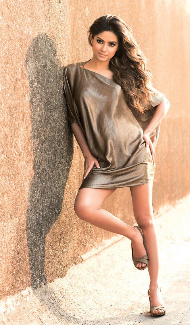 Tollywood Tab: Actress Meera Chopra Photo Shoot Stills