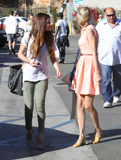 Selena Gomez and Taylor Swift stoped by their fans