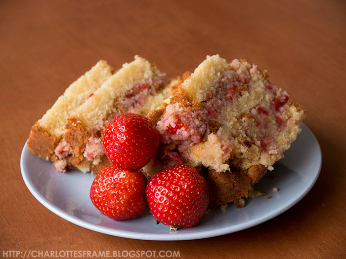 strawberry cake, strawberry mud cake, mud cake, strawberries and cake