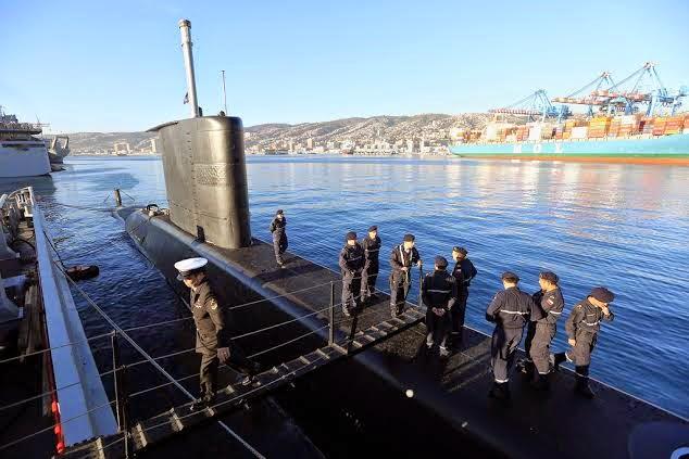 http://www.armada.cl/armada/noticias-navales/ministro-de-defensa-recibe-a-submarino-thomson-tras-entrenamiento-en-estados-unidos/2014-08-13/144344.html