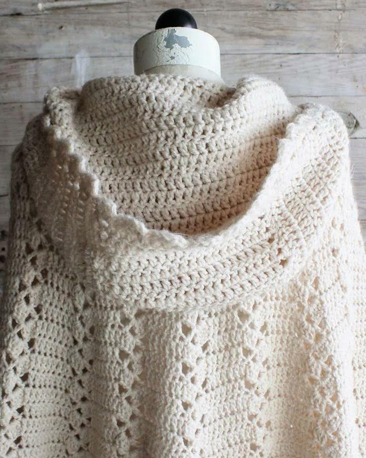 Free Vintage Crochet Cape Patterns : Letras e Artes da Lala: Ponchos de croch? e tricO (sem ...