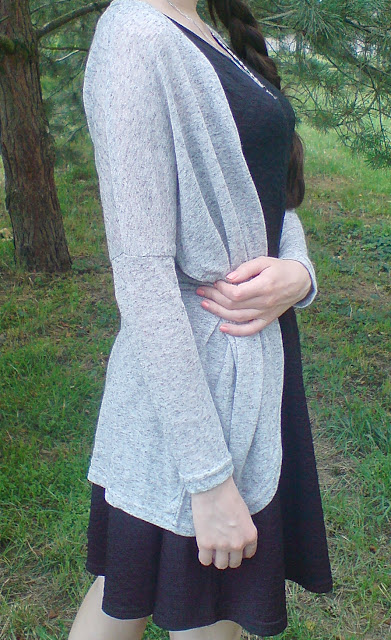 http://www.romwe.com/Long-Sleeve-Loose-Grey-Cardigan-p-104327-cat-684.html?utm_source=truskawkowakawa.blogspot.com&utm_medium=blogger&url_from=truskawkowakawa