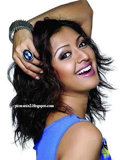south indian actor Gayathri jayaram  bikini Hot sexy photos