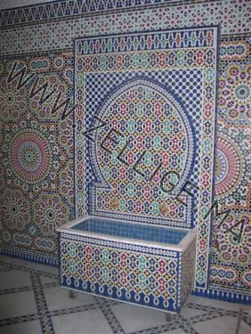 fontaines en zellige traditionnel zellige marocain carreaux zelliges moroccan zellij. Black Bedroom Furniture Sets. Home Design Ideas