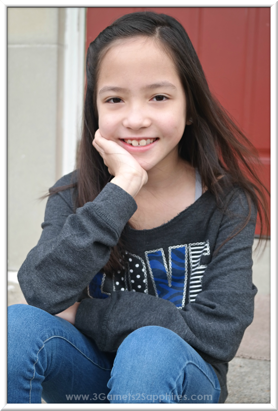 Tips for successfully taking casual portraits of your children.  |  www.3Garnets2Sapphires.com