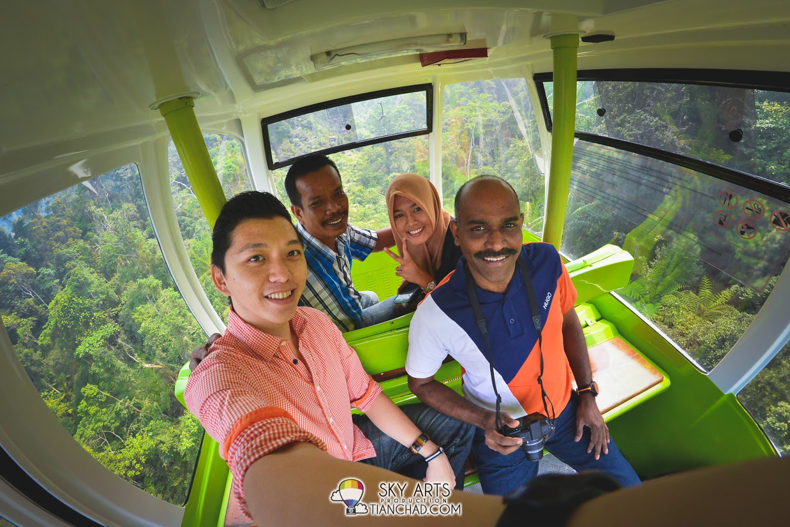 Made new friends in Genting Skyway