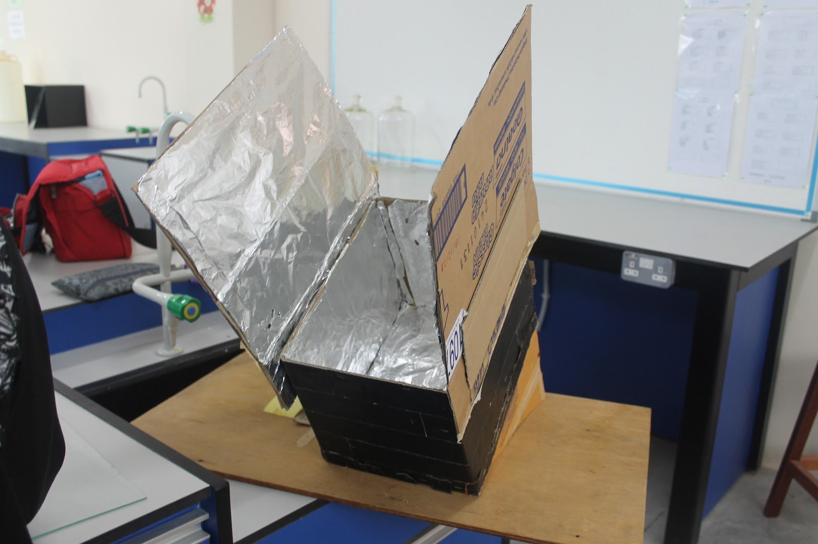 solar cooker project When the sun is hot and the kids are bored, you need an engaging project challenge your kids or students to design and build their own solar oven.