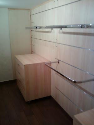 Fai da te hobby legno cabina armadio for Fasciatoio fai da te