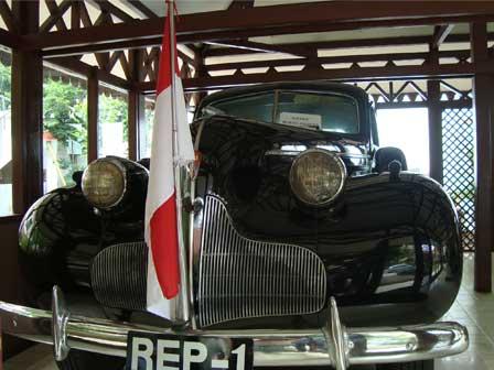 13 MOBIL KLASIK SANG PROKLAMATOR REPUBLIK INDONESIA