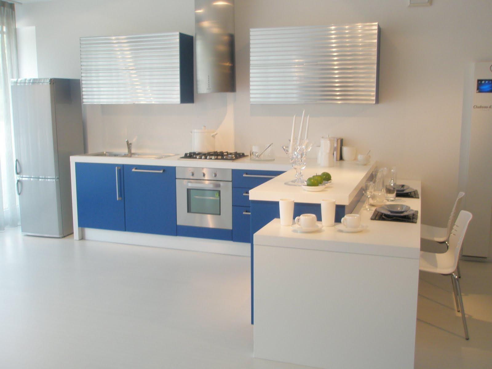 Cozinha Com Ilha Retangular Beyato Com V Rios Desenhos Sobre