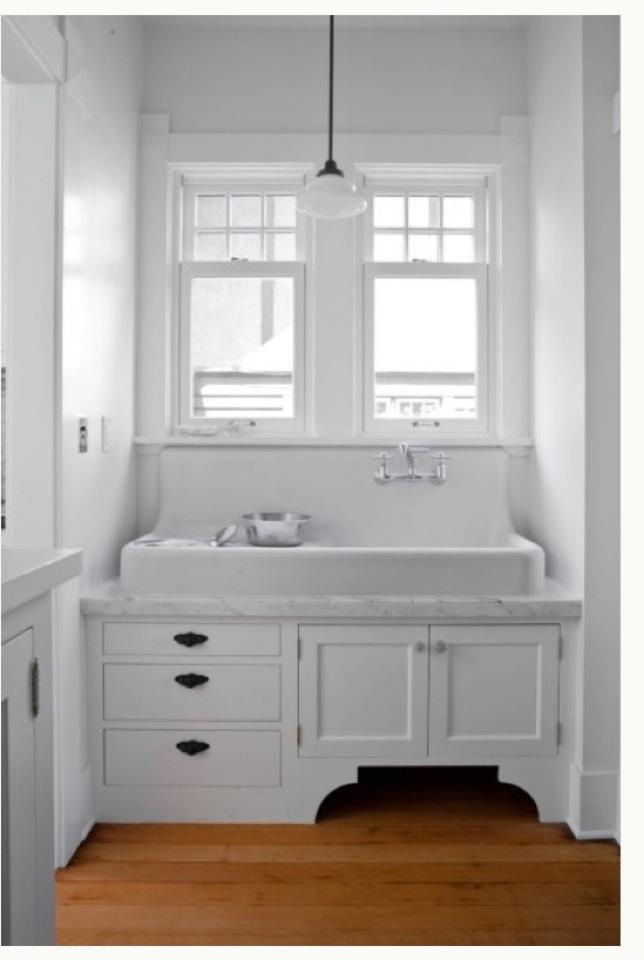 This Old Coconut Grove Sanford Cast Iron Kitchen Farmhouse sink for kid