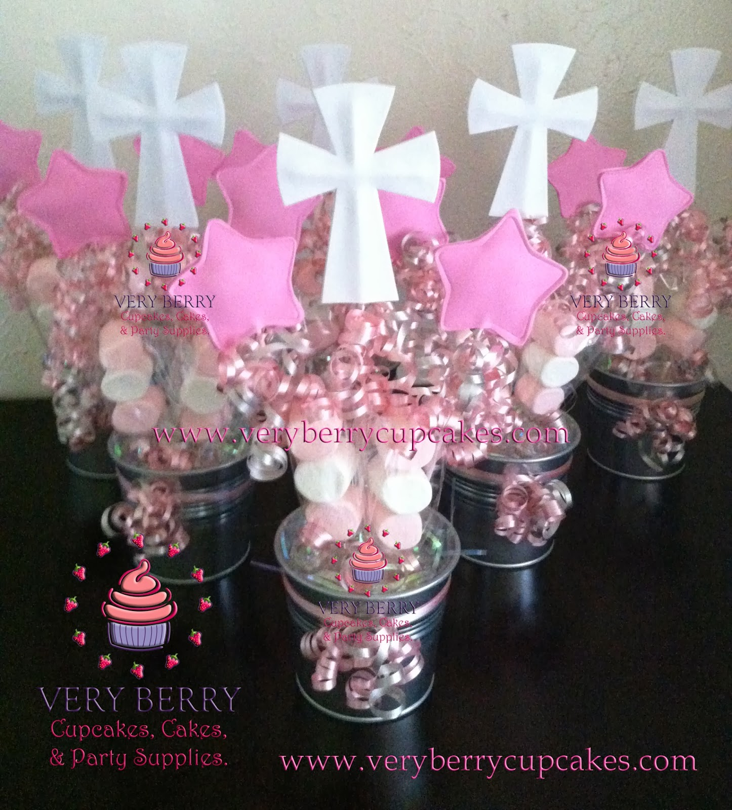 Veryberry cupcakes girl baptism eva foam centerpieces for Baby shower foam decoration