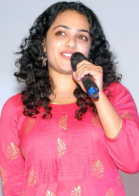 Hot actress nithya menon latest photo gallery