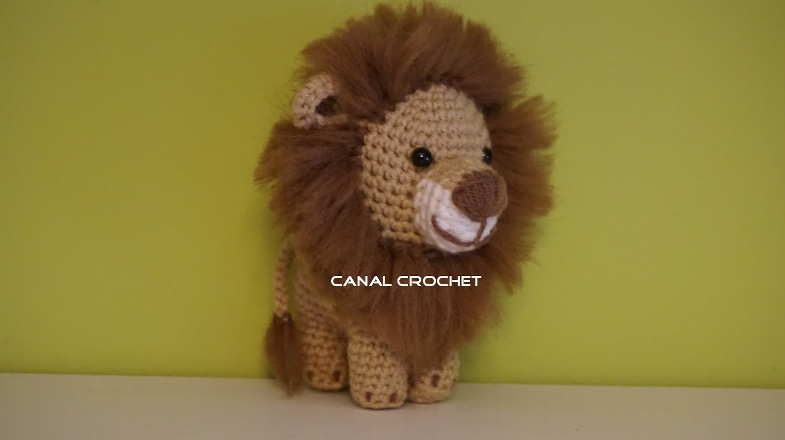 canal crochet le n amigurumi tutorial. Black Bedroom Furniture Sets. Home Design Ideas