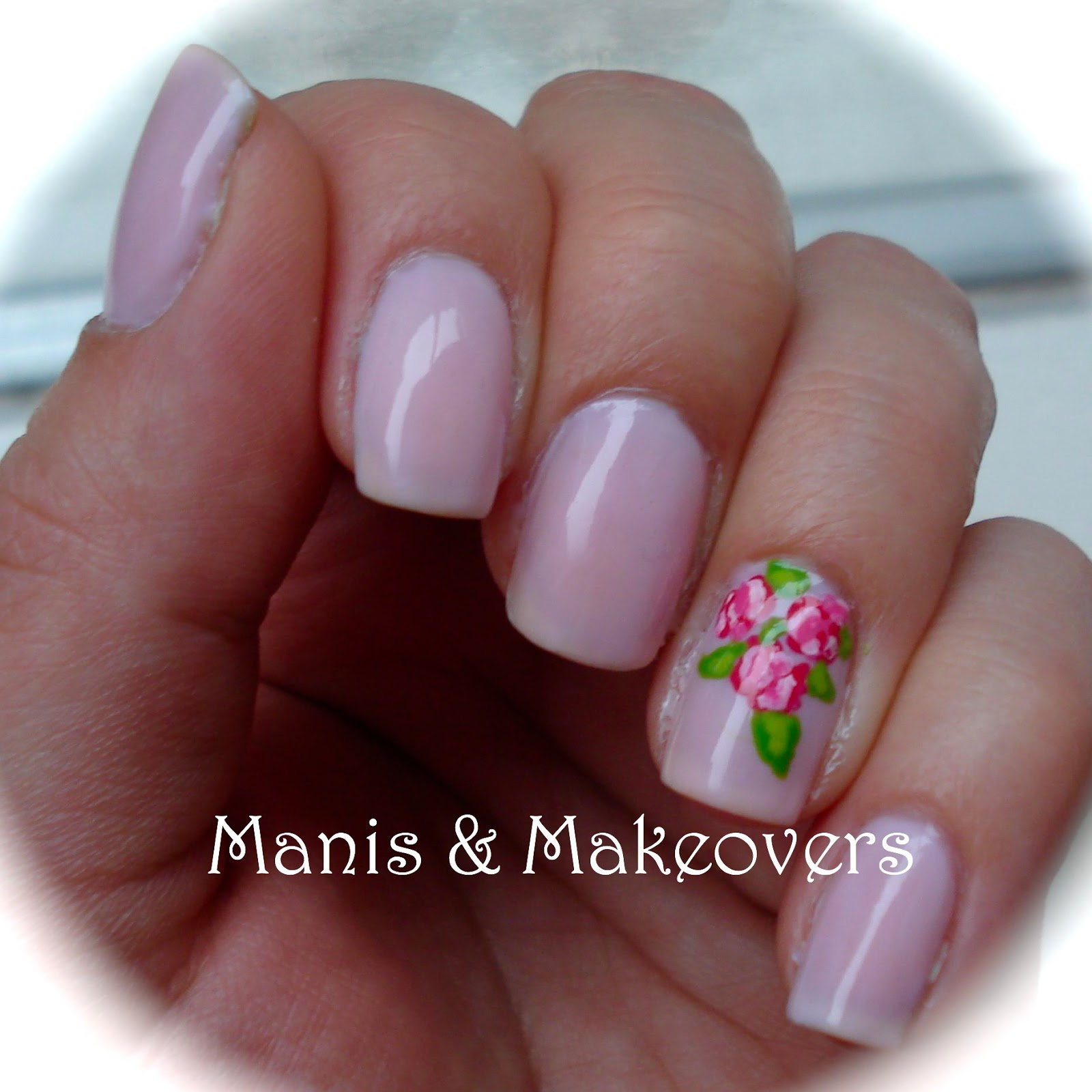 Manis & Makeovers: Simple classy job interview mani