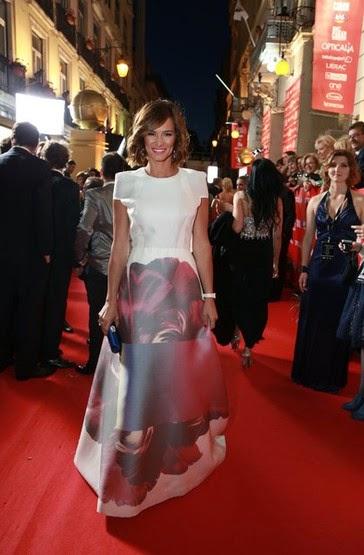 Claudia Vieira vestido Carolina Herrera   - XX GALA DOS GLOBOS DE OURO 2015