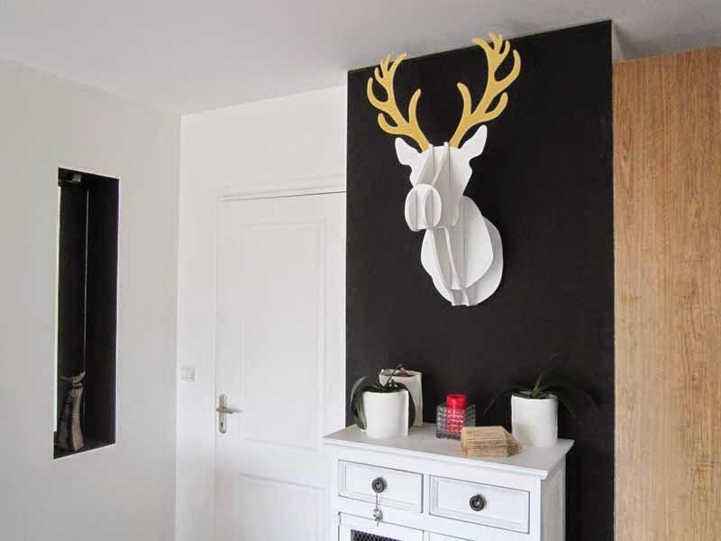 troph e de cerf pisode 2 au 303 home deco. Black Bedroom Furniture Sets. Home Design Ideas