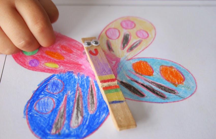Mariposa con pinza de madera - Packaging personalizado para el profesor