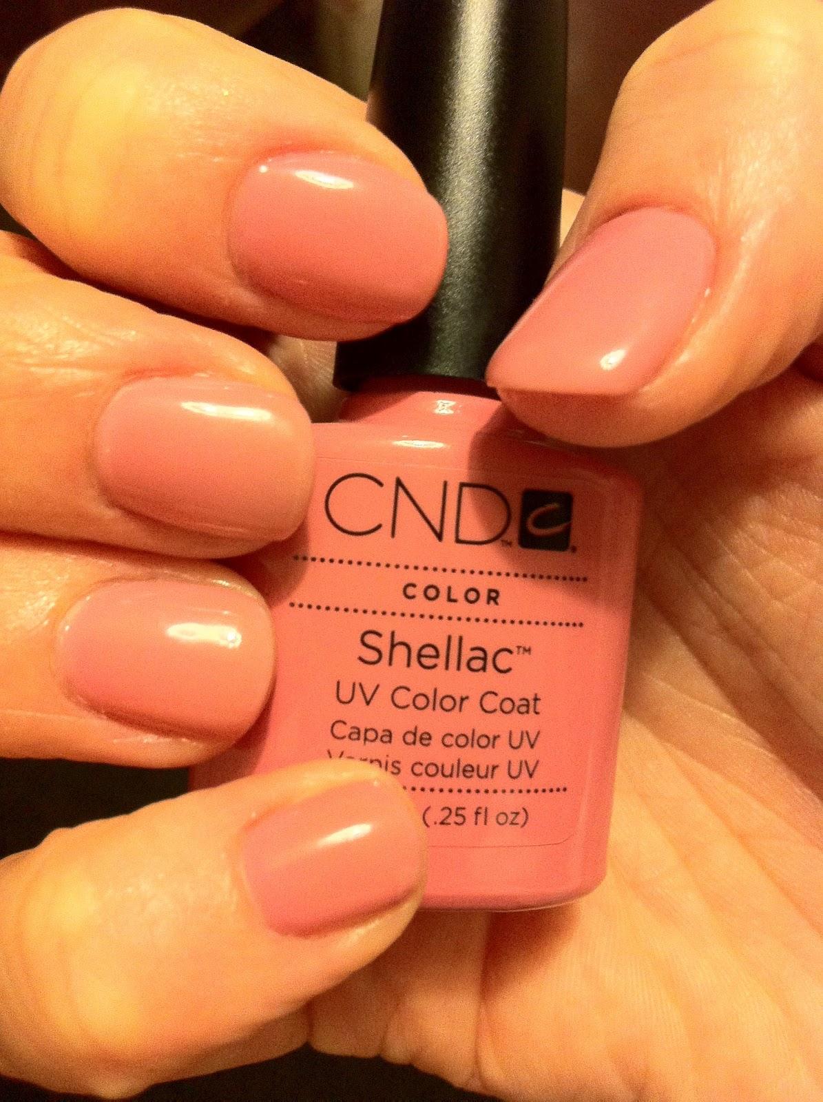 Cnd shellac pink pursuit на ногтях фото