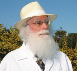Dr. WALDO VIEIRA