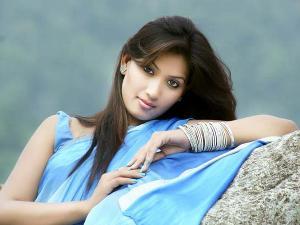 Artis Cantik Bollywood Yang Mati Mengenaskan