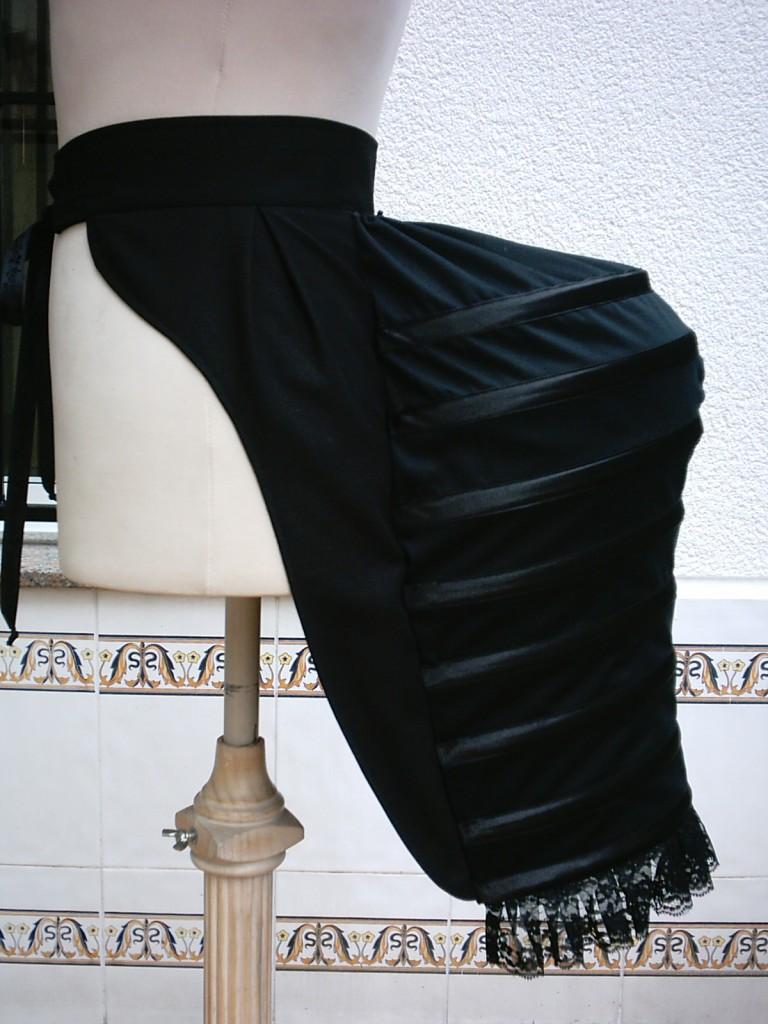 Bajo su falda detras y frontal - 2 6