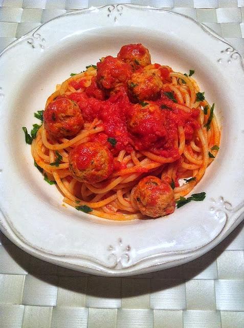 Espaguetis con albondiguitas