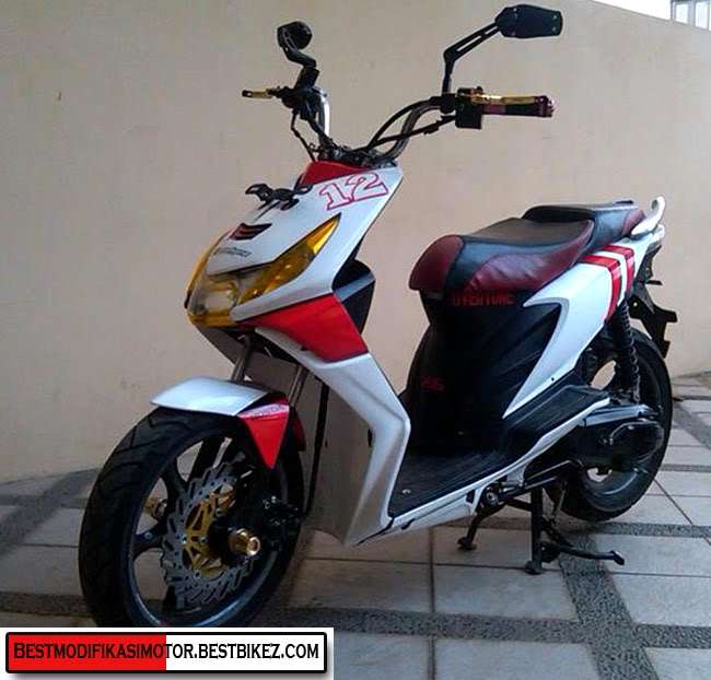Modif Motor Beat Pop Putih