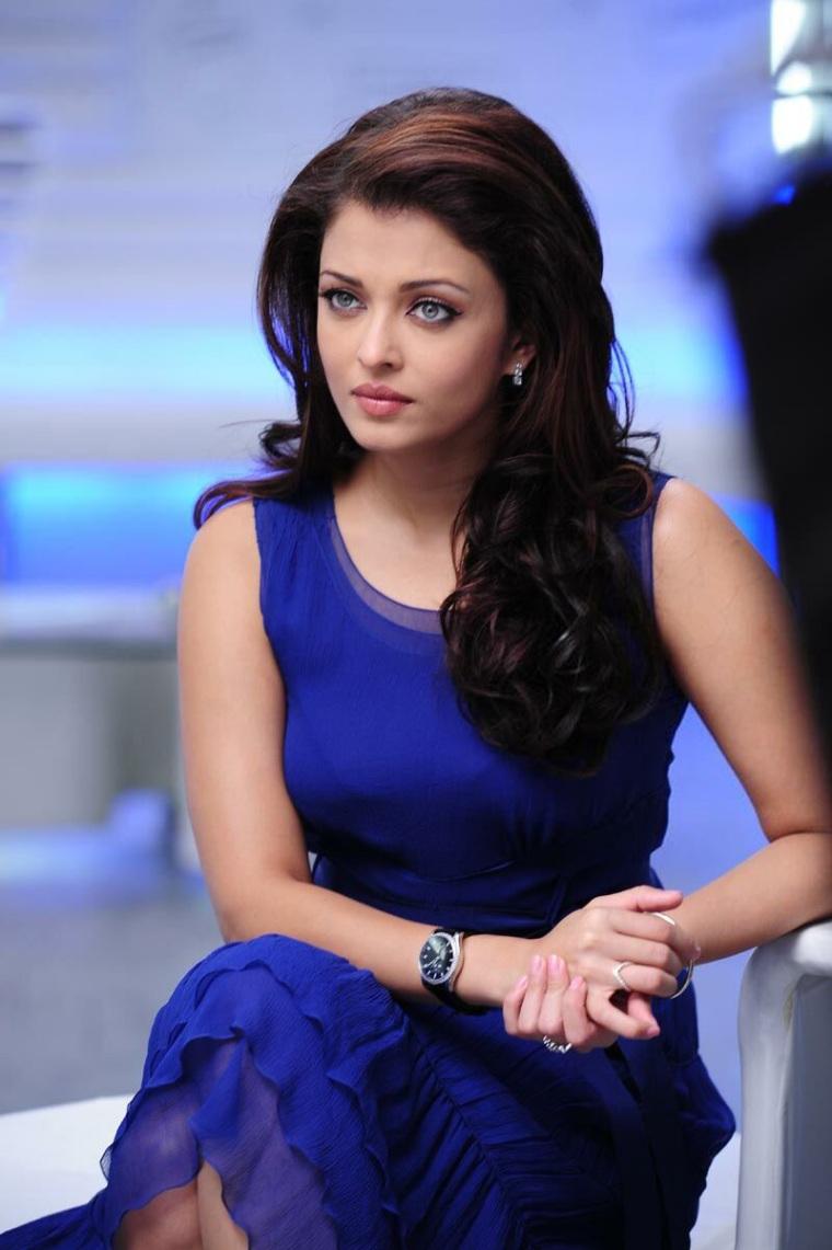 Aishwarya Rai Dress