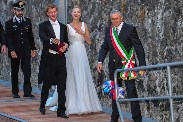 religious wedding reception of pierre casiraghi and