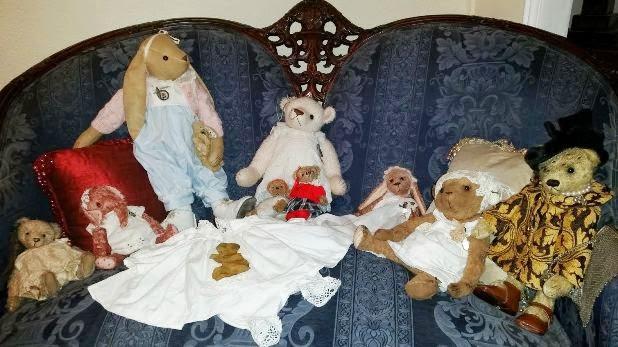 Una cara amica M.Angeles,  ha mandata la foto dei miei bears adottati in  Spagna