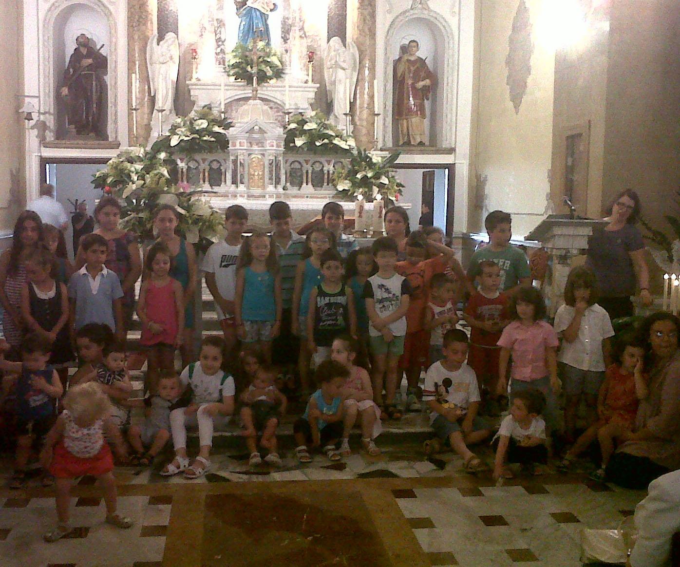 Interno 28 marter gratiae benedizione sui bimbi del for Interno 28
