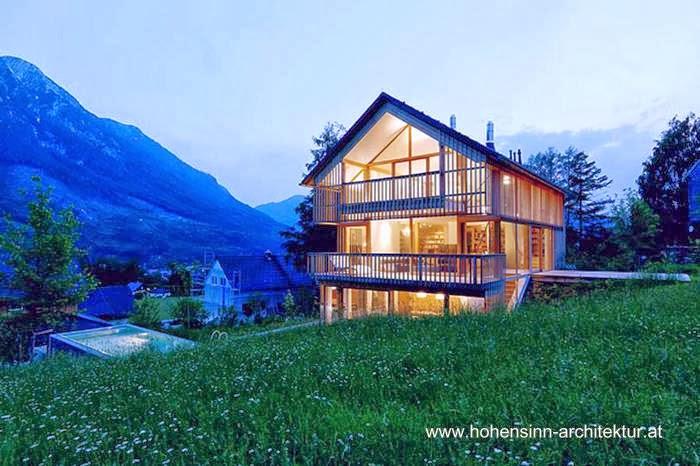 Casa de madera en las montañas